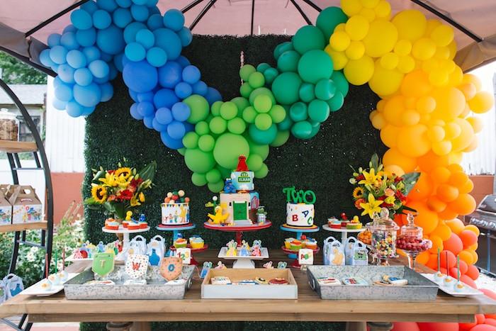 Sesame Place Birthday Party  Kara s Party Ideas Rustic Sesame Street Birthday Party