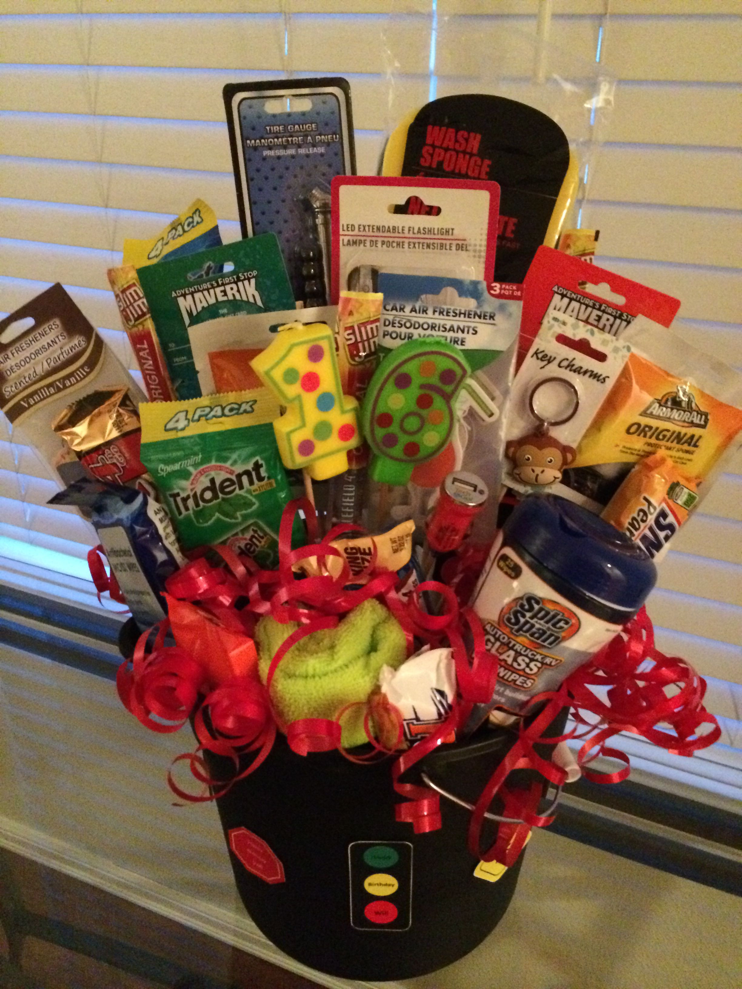 16Th Birthday Gift Ideas For Girls  Best 25 16th birthday present ideas ideas on Pinterest