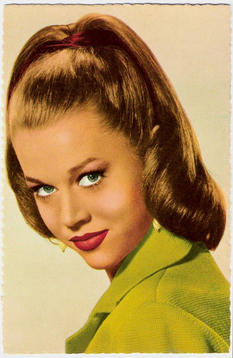 1960 Hairstyles For Long Hair  1960s hairstyles