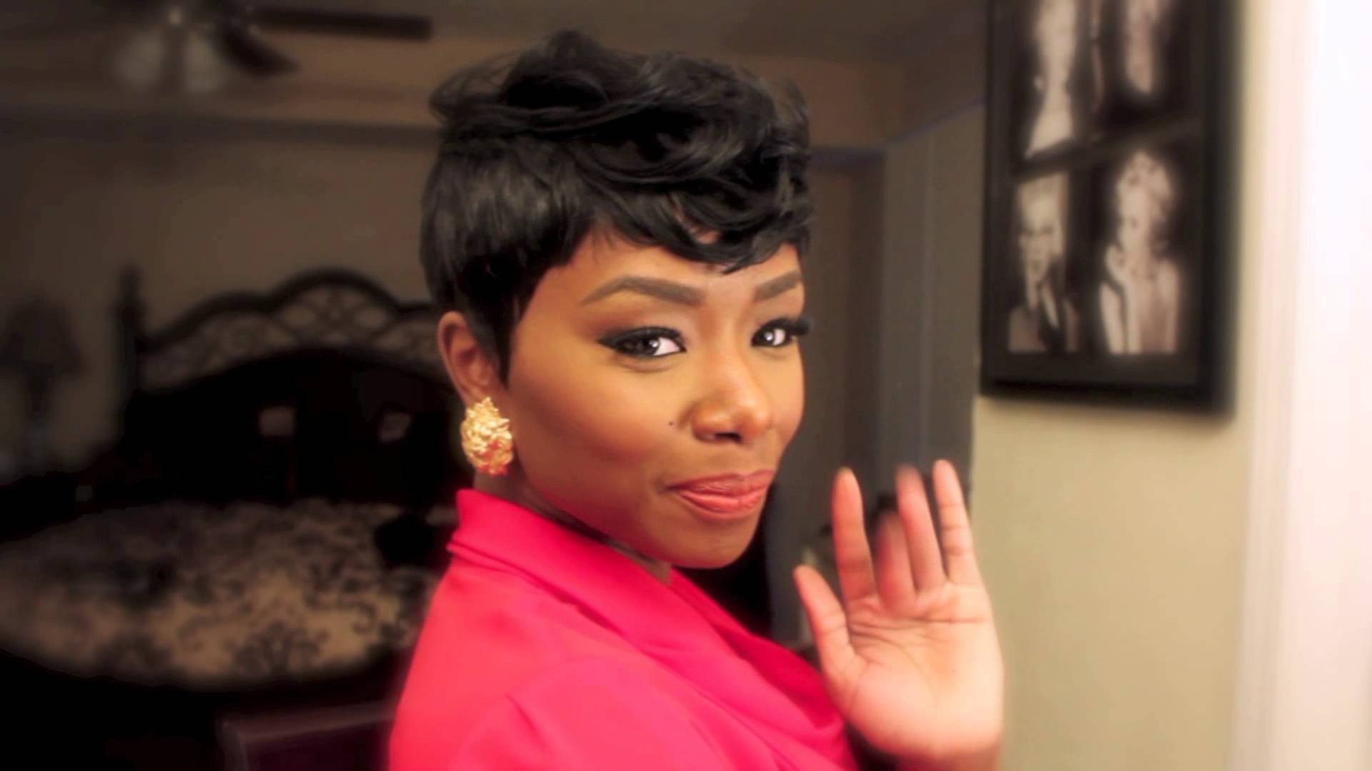 27 Piece Weave Short Hairstyle  Black Women With Middle Part Hairstyles