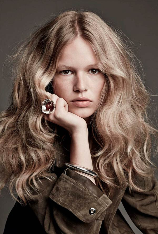70S Hairstyles Female  9 Lovely Hairstyles to Go 70s