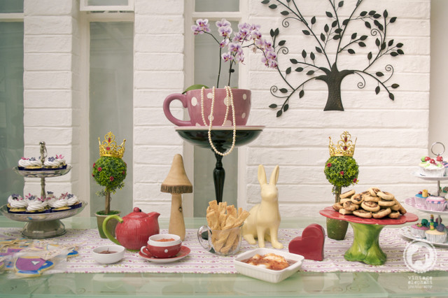 Best ideas about Alice In Wonderland Kitchen Decor . Save or Pin Picture From The Kitchen Alice In Wonderland Modern Now.
