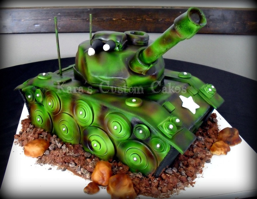 Army Birthday Cake  Army Tank Birthday Cake CakeCentral
