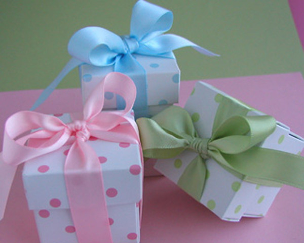 Best ideas about Baby Shower Gift Box Ideas . Save or Pin Cheap Baby Shower Favors Now.
