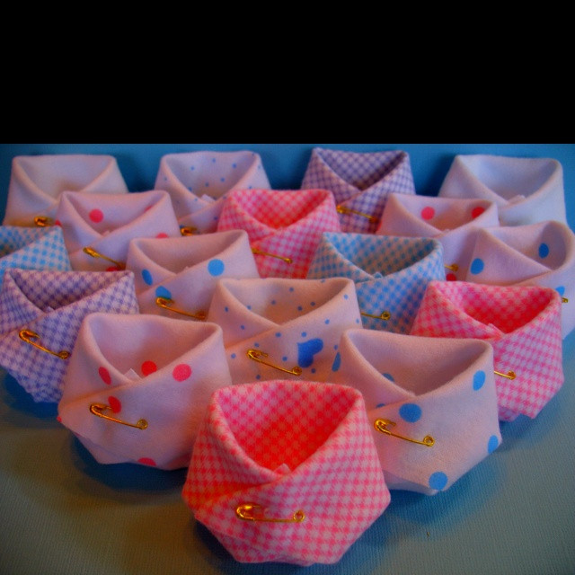 Baby Shower Giveaway Gift Ideas  Baby shower giveaway ideas Idea Pinterest