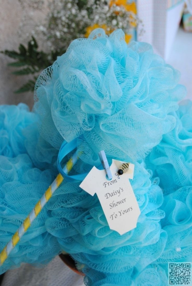 Baby Shower Giveaway Gift Ideas  1000 ideas about Baby Shower Giveaways on Pinterest