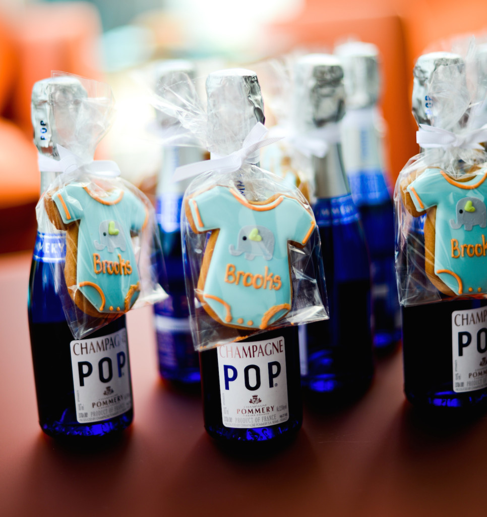 Baby Shower Party Favors DIY  DIY Champagne Party Favors Fashionable Hostess
