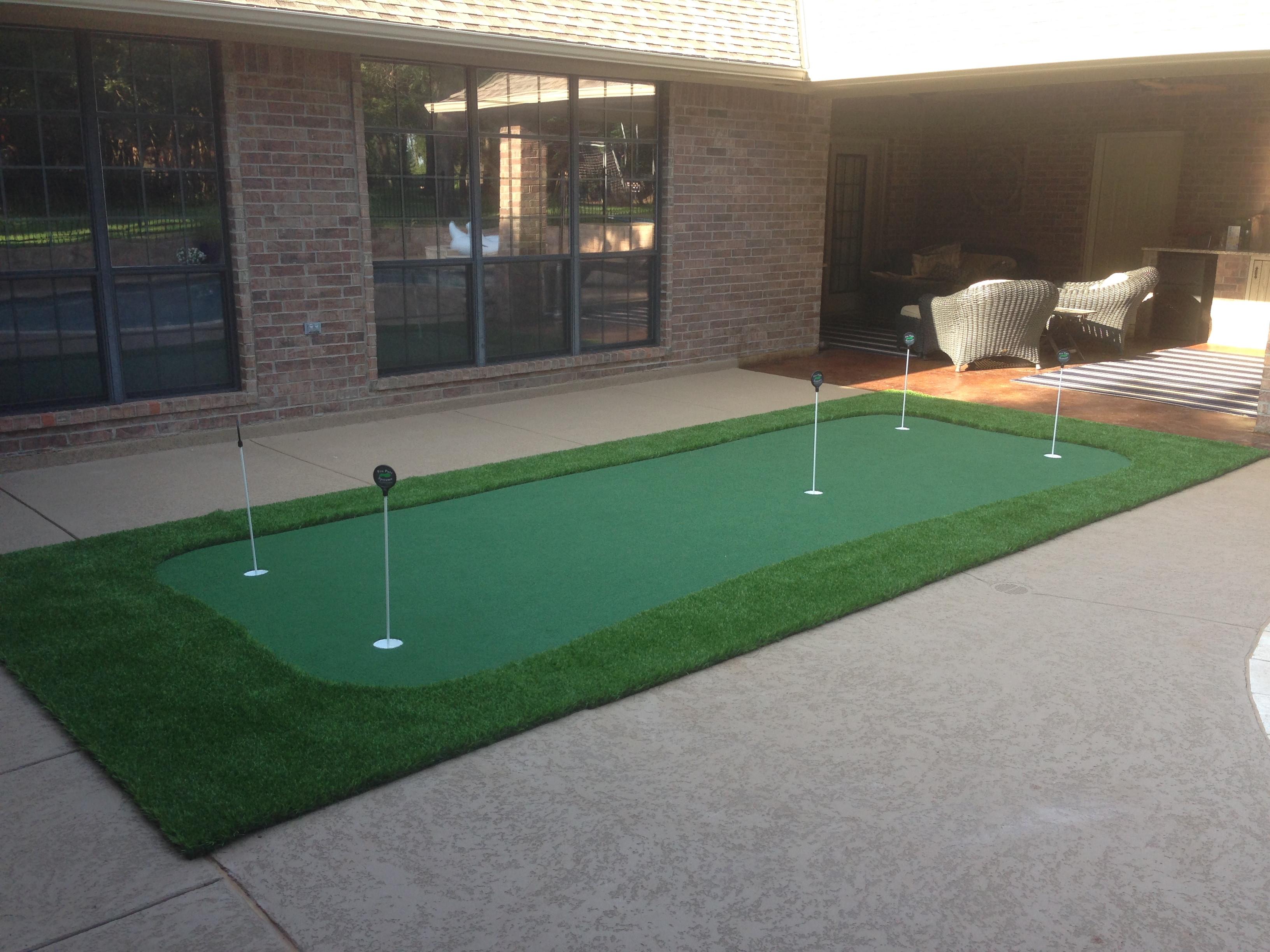 Backyard Putting Green DIY  Indoor Practice Putting Greens