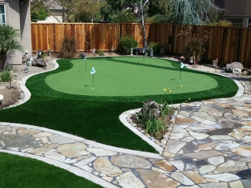 Backyard Putting Green DIY  DIY Backyard Putting Green = Backyard Fun