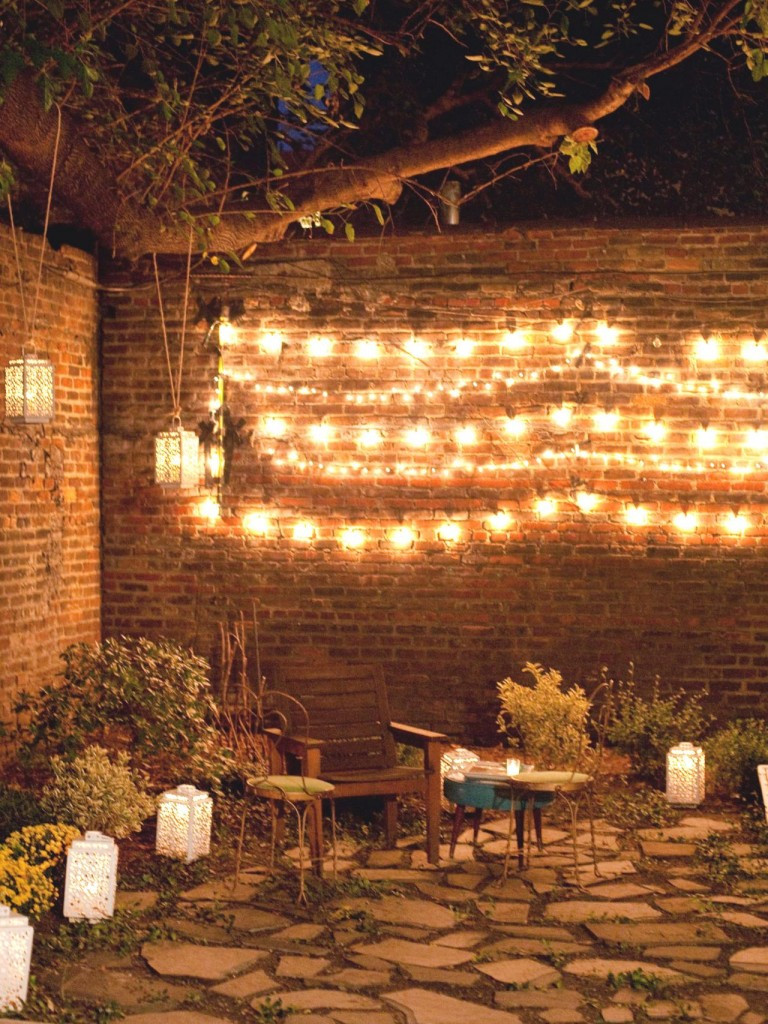 Best ideas about Backyard String Lights . Save or Pin Outdoor Wall Decor ideas with wood plants and lights Now.