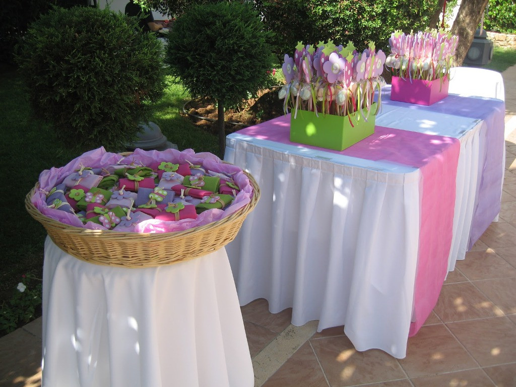Baptism Gift Ideas For Girls  Table Setting for Baby Baptism Decoration Ideas BEST