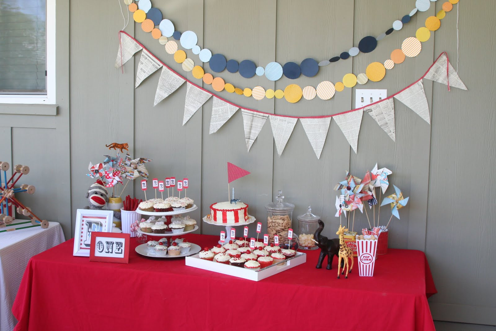 Best ideas about Birthday Decorating Ideas . Save or Pin Ideas For Party Decorations Now.