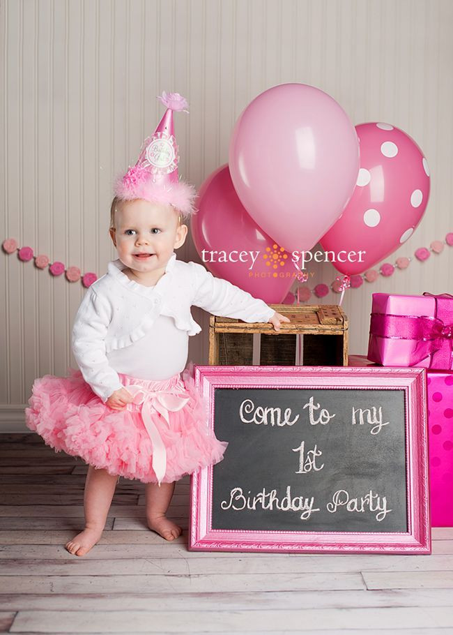 Birthday Gift Ideas For One Year Old Baby Girl  graph of a one year old inviting everyone to her 1st