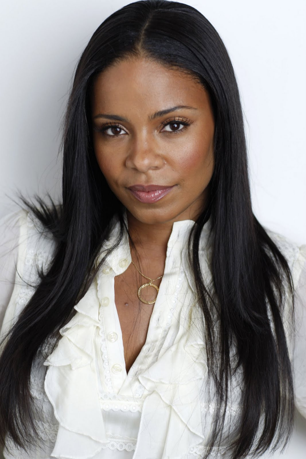 Black Straight Hairstyles  Celebrity Hairstyles and Tattoo Sanaa Lathan