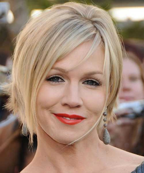 Best ideas about Bob Haircuts For Fine Hair Round Face . Save or Pin 10 New Layered Bob Hairstyles For Round Faces Now.