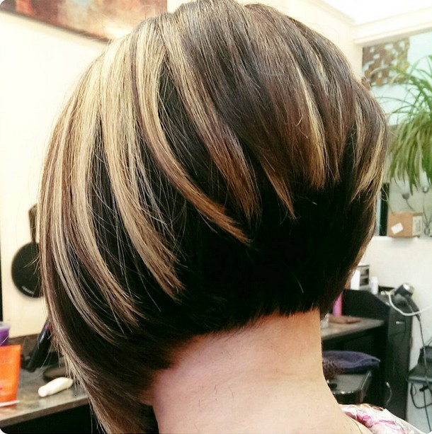 Bob Haircuts With Highlights  30 Stacked Bob Haircuts For Sophisticated Short Haired Women