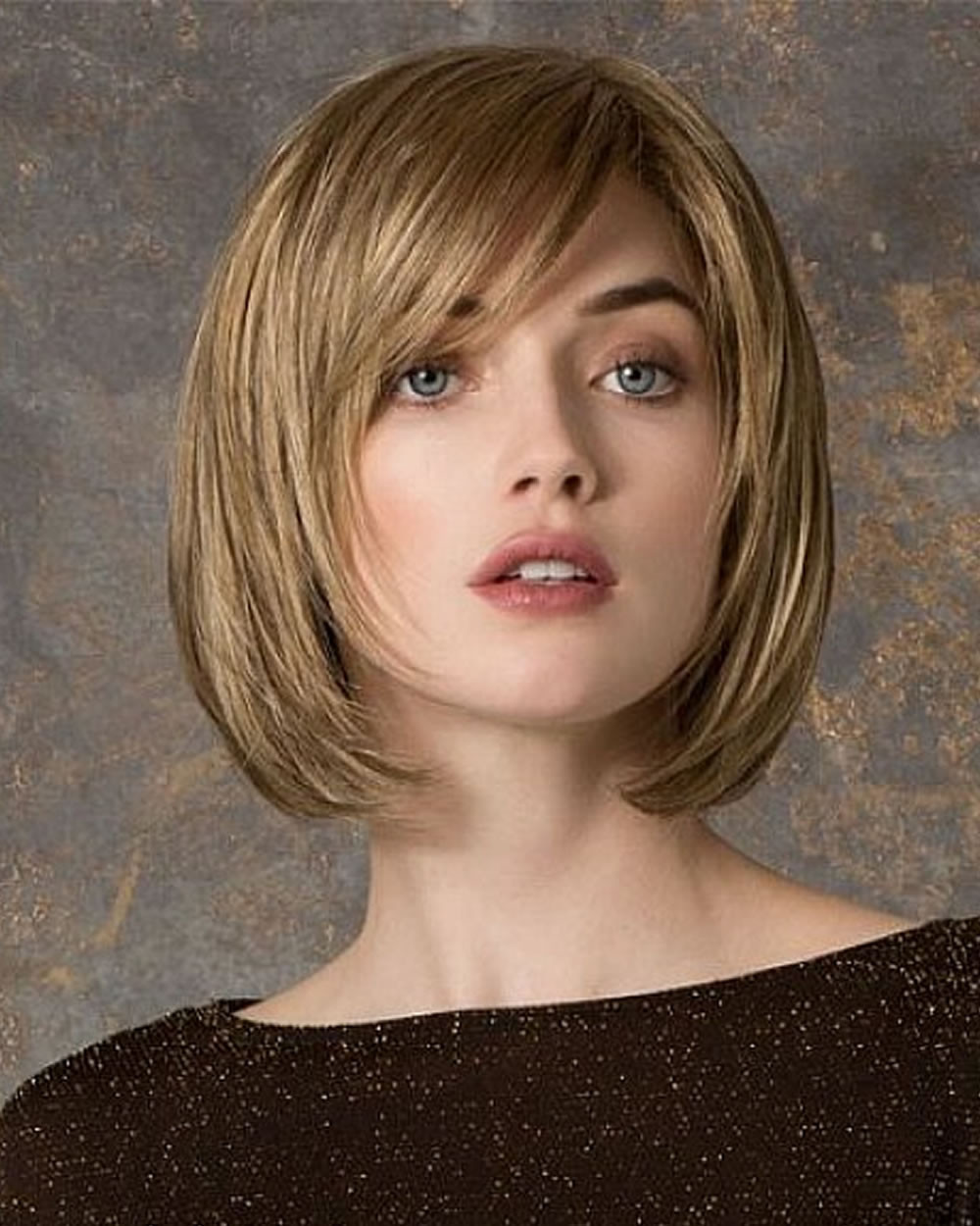Bobbed Haircuts 2019  30 Best Short Bob Haircuts with Bangs and Layered Bob