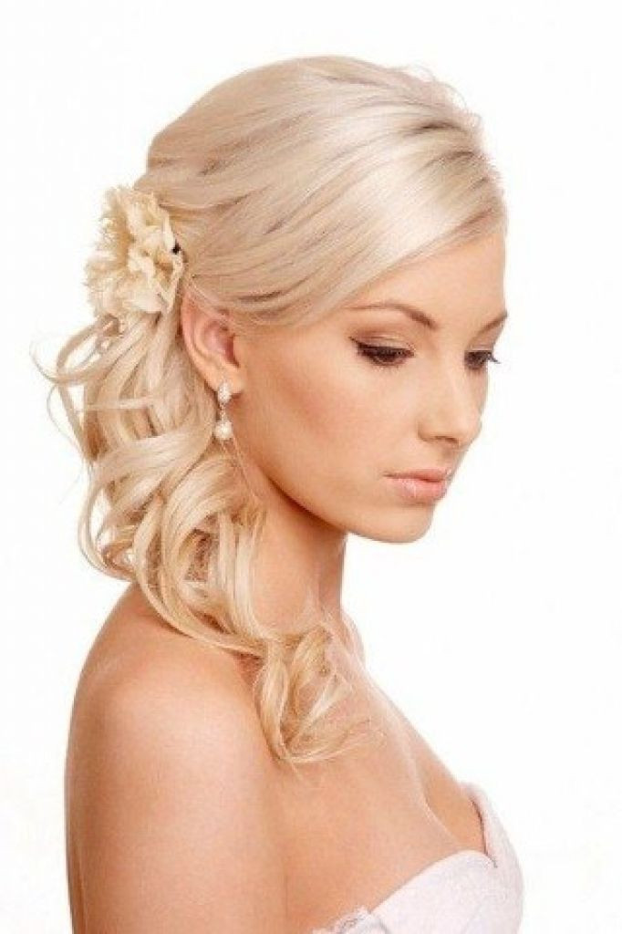 Bridesmaid Hairstyles For Thin Hair  Best 25 Wedding hairstyles thin hair ideas on Pinterest