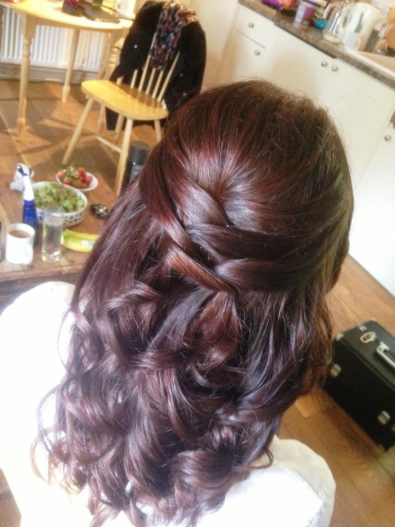 Bridesmaid Hairstyles Half Up  Bridesmaid Hairstyles That You Can Do At Home MagMent