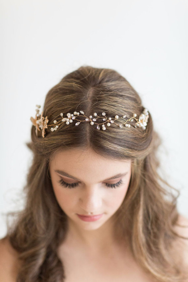 Bridesmaid Hairstyles  24 Beautiful Bridesmaid Hairstyles For Any Wedding The