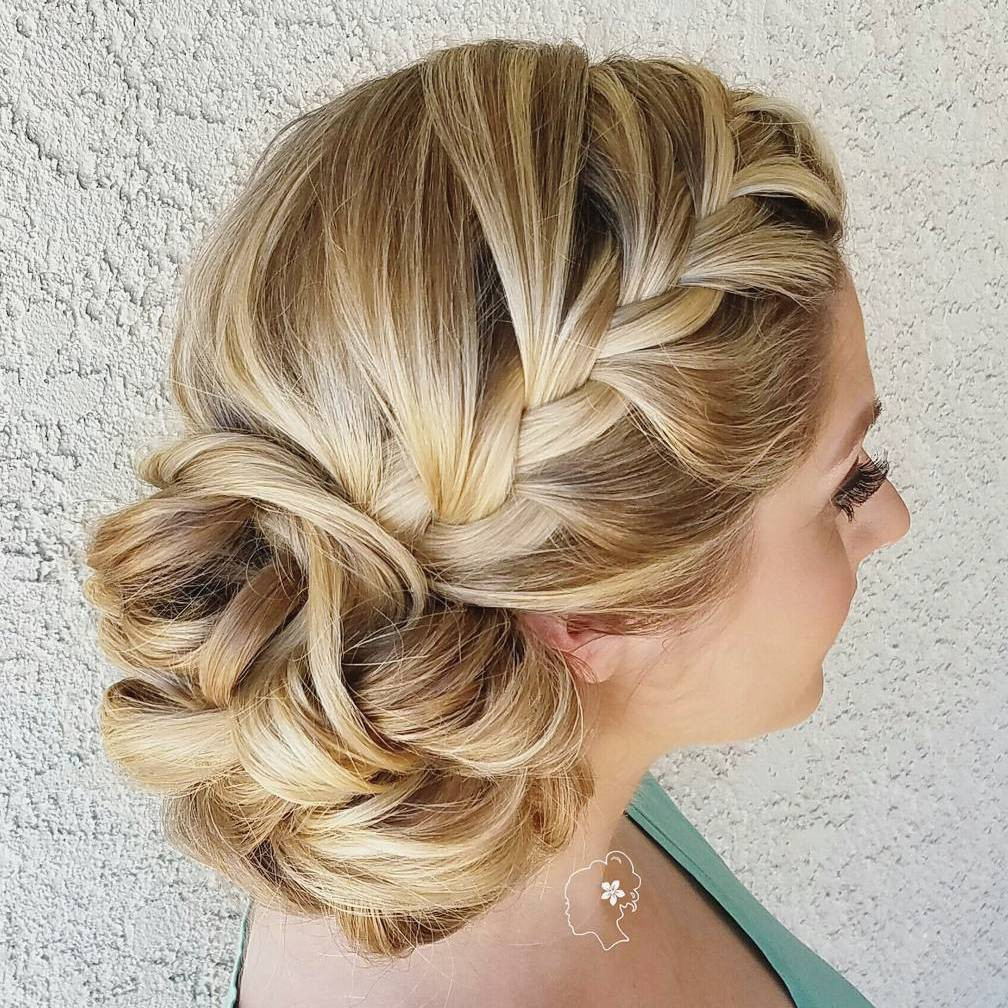 Bridesmaid Side Hairstyles  40 Irresistible Hairstyles for Brides and Bridesmaids