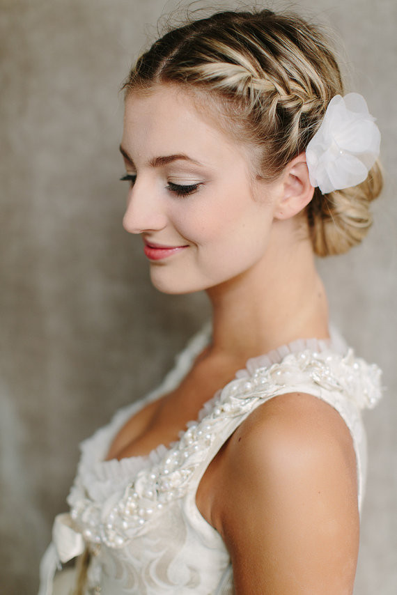 Bridesmaid Side Hairstyles  50 Hairstyles For Weddings To Look Amazingly Special