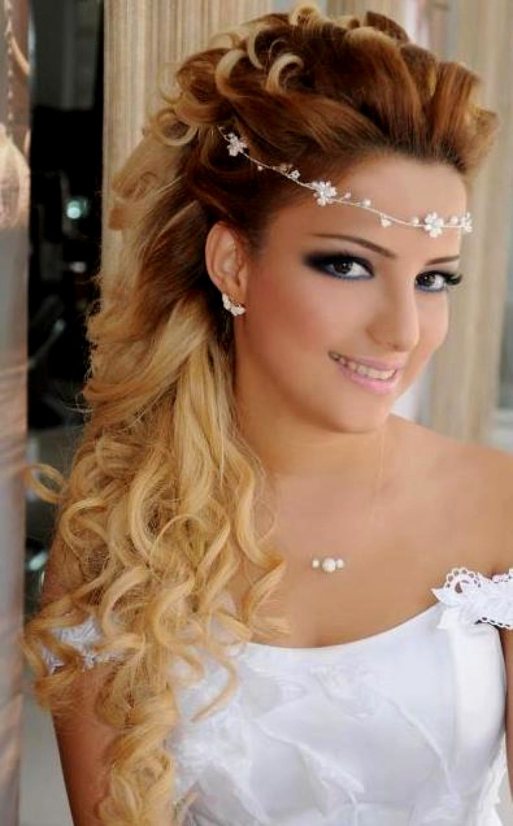 Bridesmaids Hairstyles Down  86 Half Up Half Down Bridesmaid Hairstyles Stylish Ideas