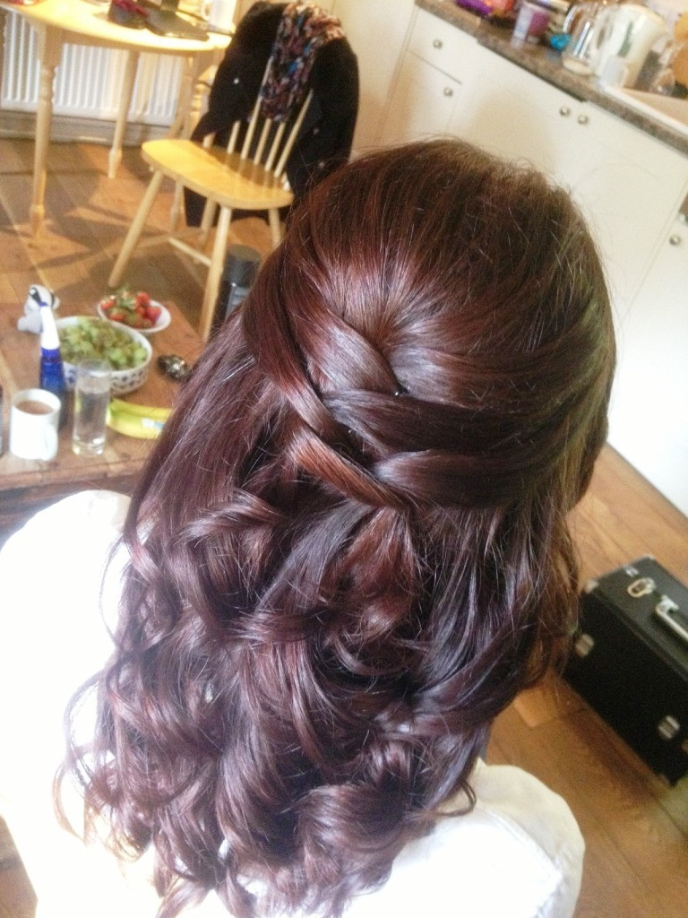 Bridesmaids Hairstyles Half Up  Bridesmaid Hairstyles That You Can Do At Home MagMent