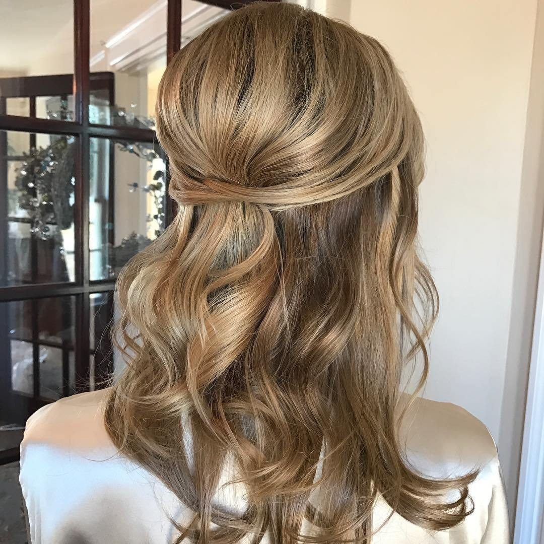 Bridesmaids Hairstyles  40 Irresistible Hairstyles for Brides and Bridesmaids