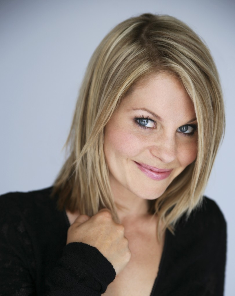 Candace Cameron Bure Hairstyle  Finding Normal with Actress Candace Cameron Bure Women