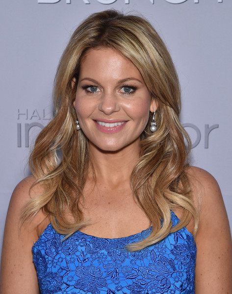 Candace Cameron Bure Hairstyle  Candace Cameron Bure Long Wavy Cut Candace Cameron Bure