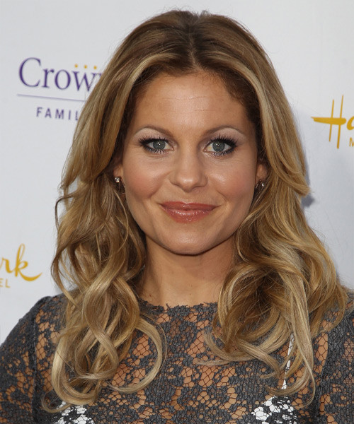 Candace Cameron Bure Hairstyle  Candace Cameron Bure Long Wavy Casual Hairstyle Dark
