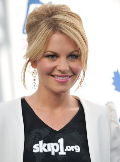 Candace Cameron Bure Hairstyle  5 Elegant Beehive Hairstyles for Women Hairstyles Weekly