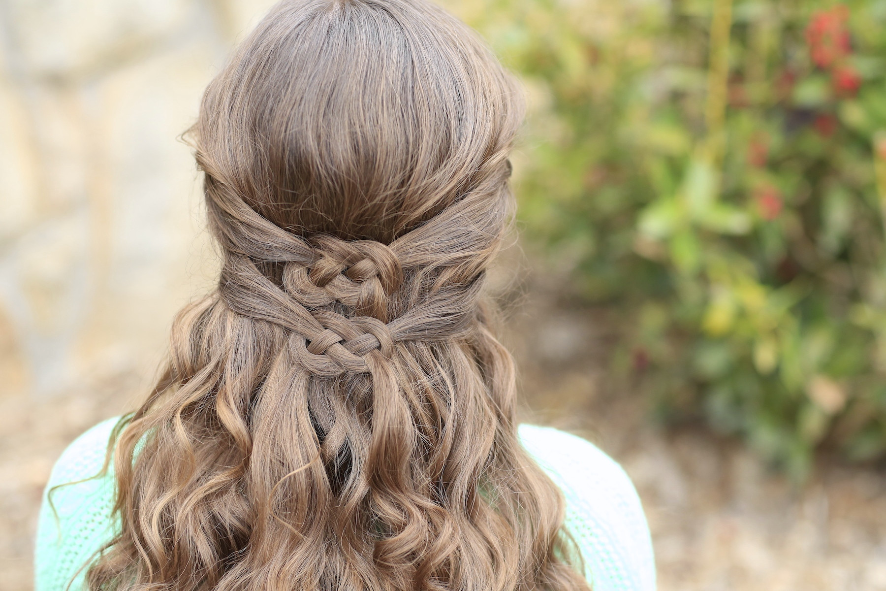 Celtic Hairstyles Female  3 Ways to Wear a Celtic Knot