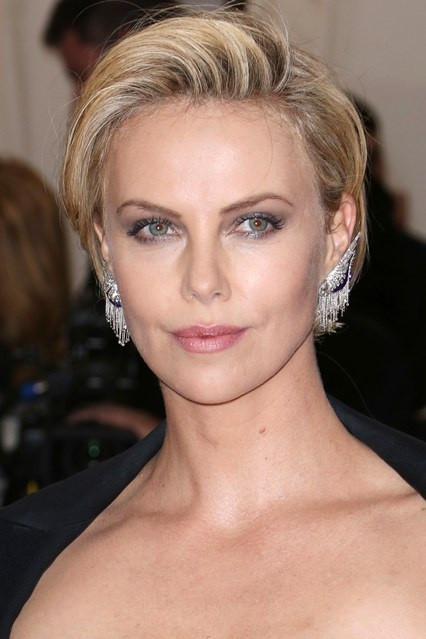 Charlize Theron Hairstyles  Charlize Theron Hairstyles Careforhair