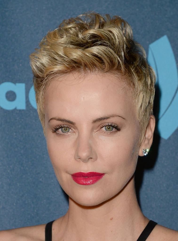 Charlize Theron Hairstyles  StyleNoted