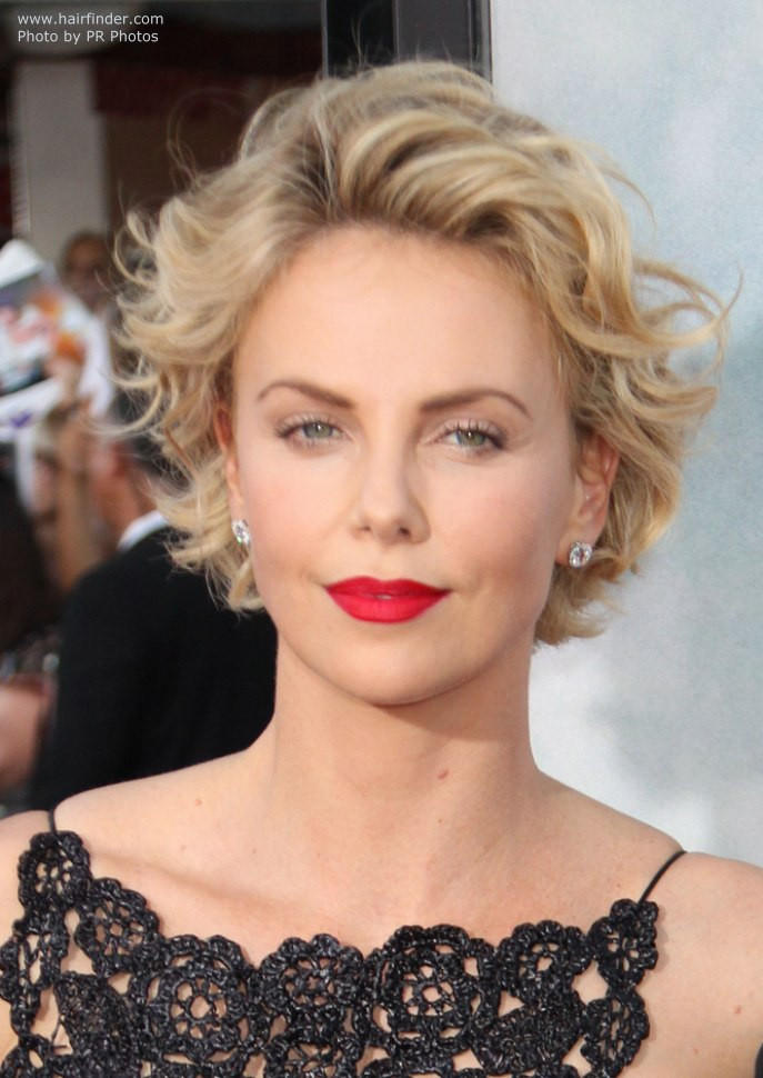 Charlize Theron Hairstyles  Charlize Theron