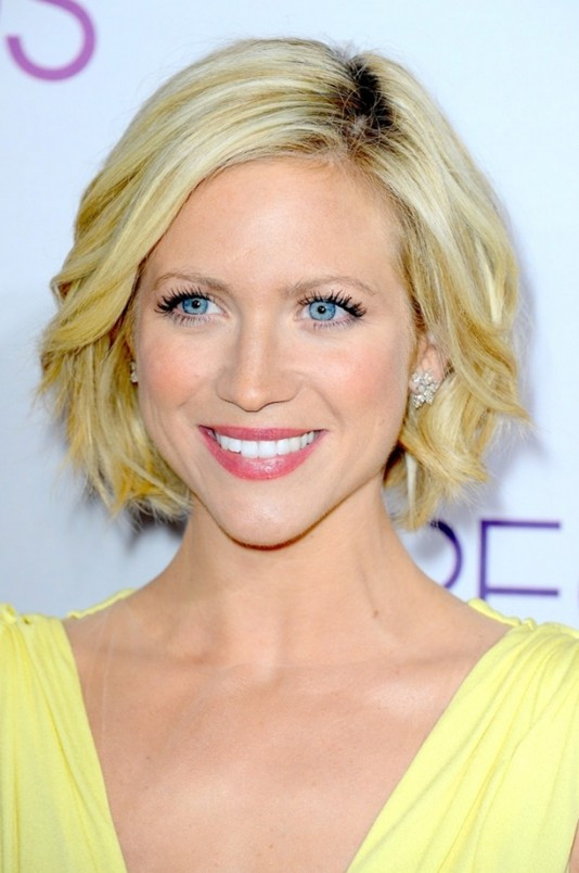 Best ideas about Chin Length Bob Haircuts . Save or Pin Celebrities with Chin Length Hairstyles Women Hairstyles Now.