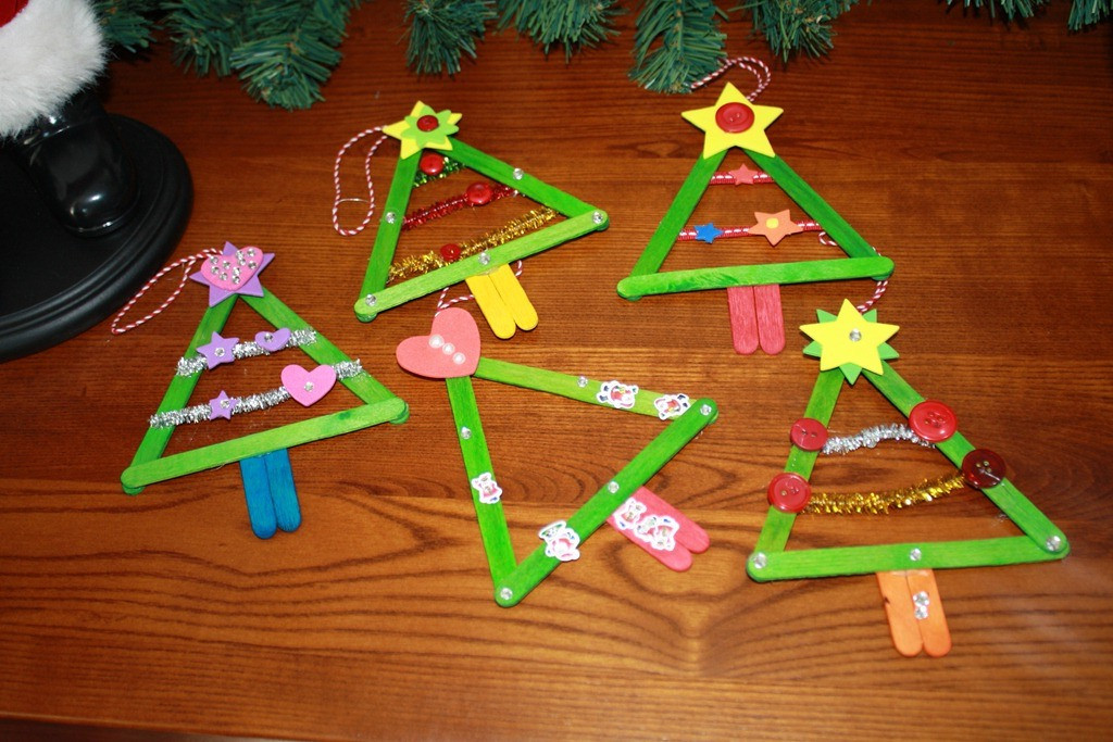 Christmas Art And Craft Ideas For Preschoolers  Christmas Crafts For Toddlers – Happy Holidays