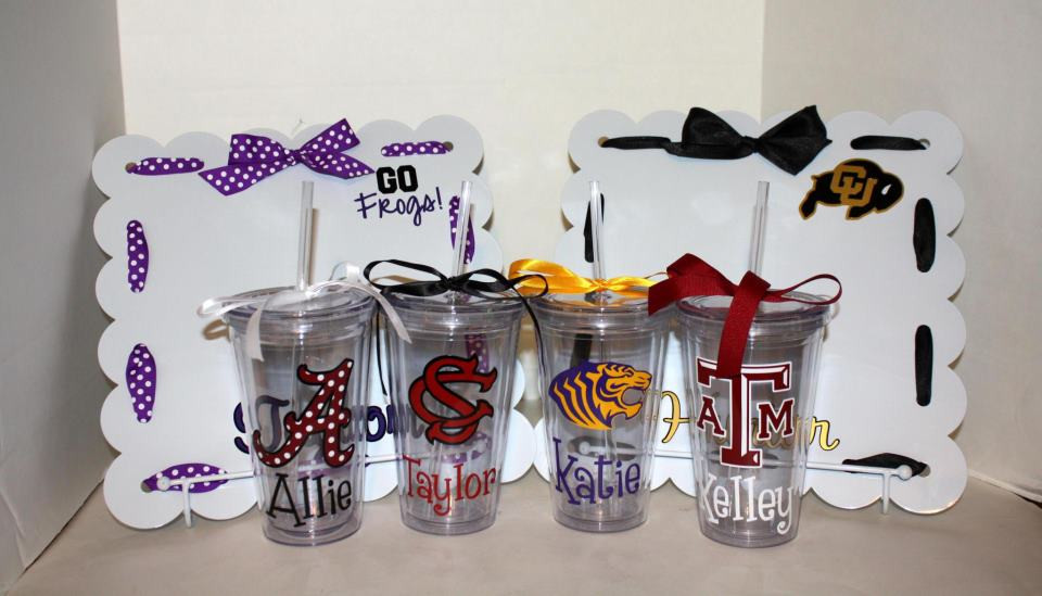 College Graduation Gift Ideas For Friends  Top 5 Monogrammed Graduation Gift Ideas