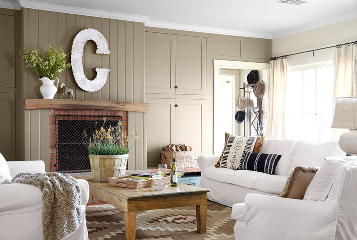 Best ideas about Country Living Room . Save or Pin Country Living Room Appears Appealing Interior Designoursign Now.