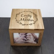 Best ideas about Couples Anniversary Gift Ideas . Save or Pin Personalized Anniversary Gifts For Your Boyfriend That He Now.