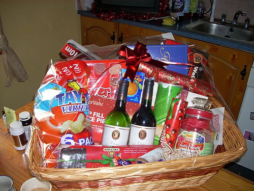 Best ideas about Couples Gift Basket Ideas . Save or Pin DIY Easy Homemade Christmas Gift Ideas Now.