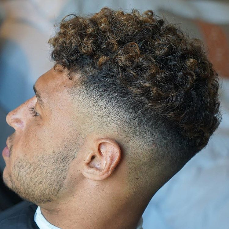 Curly Hair Mens Haircuts  7 iest Men's Curly Hairstyles