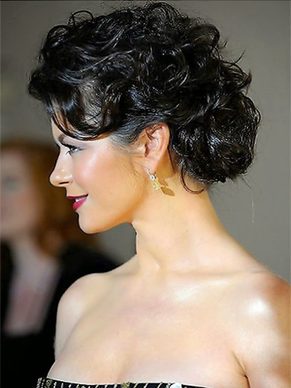 Best ideas about Curly Hairstyles Up Do . Save or Pin Top 9 Easy Stylish Updos For Curly Hair Now.