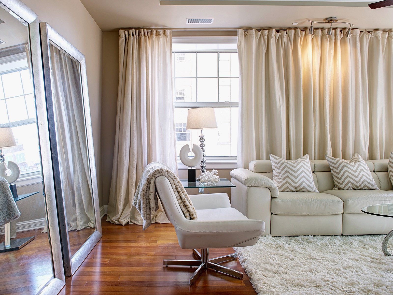 Best ideas about Curtains For Living Room . Save or Pin Beautiful Sheer Living Room Curtains Ideas for Hanging Now.