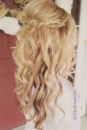 Cute Christmas Hairstyles  12 SUPER CUTE CHRISTMAS HAIRSTYLES FOR LONG HAIR Jewe Blog