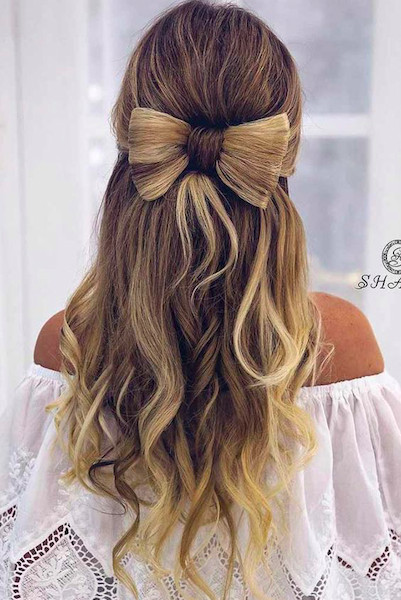Cute Christmas Hairstyles  16 Christmas Party Hairstyle Ideas That Are Anything But