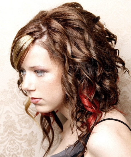 Cute Hairstyles For Curly Hair  Easy curly hairstyles for school