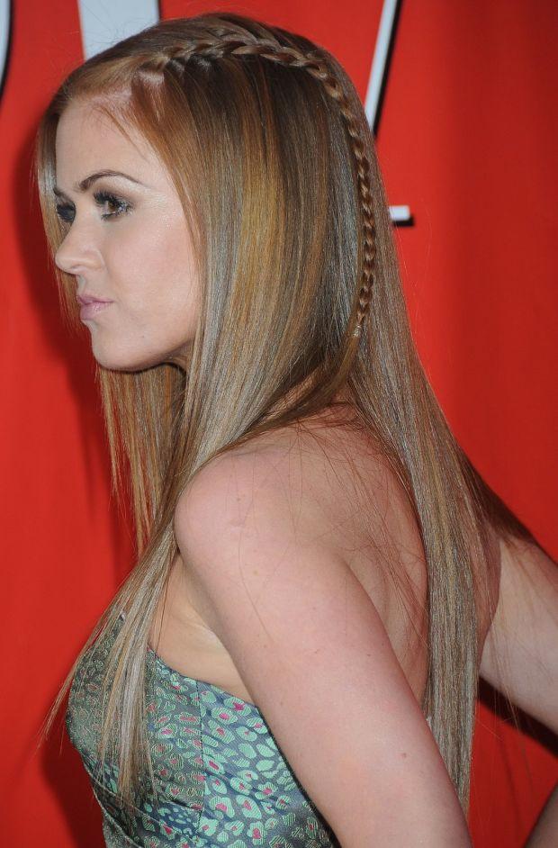 Cute Hairstyles For Long Straight Hair  15 Cute Hairstyles for Those with Long and Straight Hair